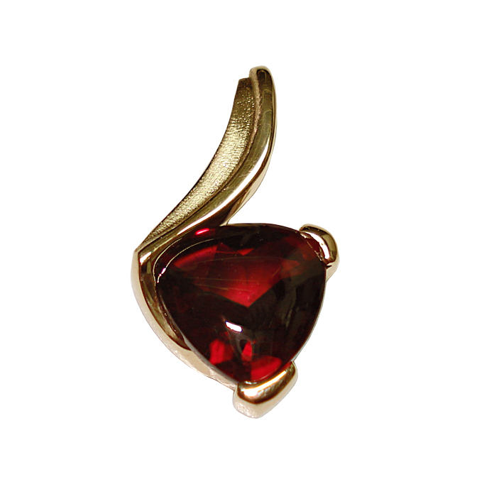 "#KPY-G-2165 - ""Heart Of Gold"" heart-shape Rhodolite Garnet =4.0cts, 14KYG"