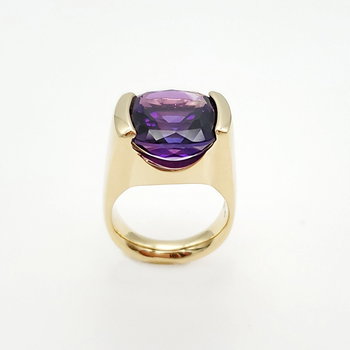 "#KRY-AM-1181 ""Amethyst Suspended Channel"" ladies ring, Square Checkerboard Amethyst = 7.16cts, 14KYG"